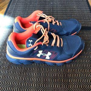 Lightly used UA shoes